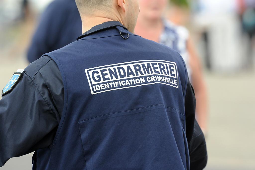 Isère (38) : Un couple de sexagénaires attaqué, ligoté sur son lit et dépouillé par plusieurs hommes