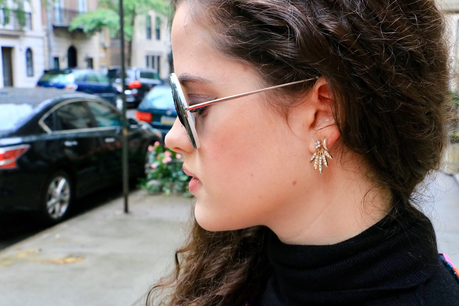 ann taylor gold earrings