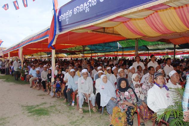 Nouvelles routes à Thbong Khmum
