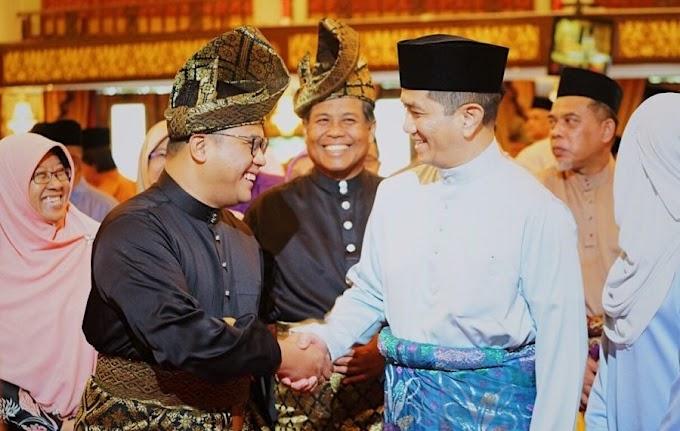 MB Selangor Nyaris Digulingkan Puak PH Sendiri Kelmarin