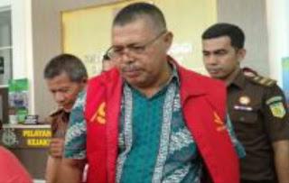 Dugaan Korupsi Dana Bansos Kabupaten Solok 2009 dan 2010, Yuniarli Ditahan