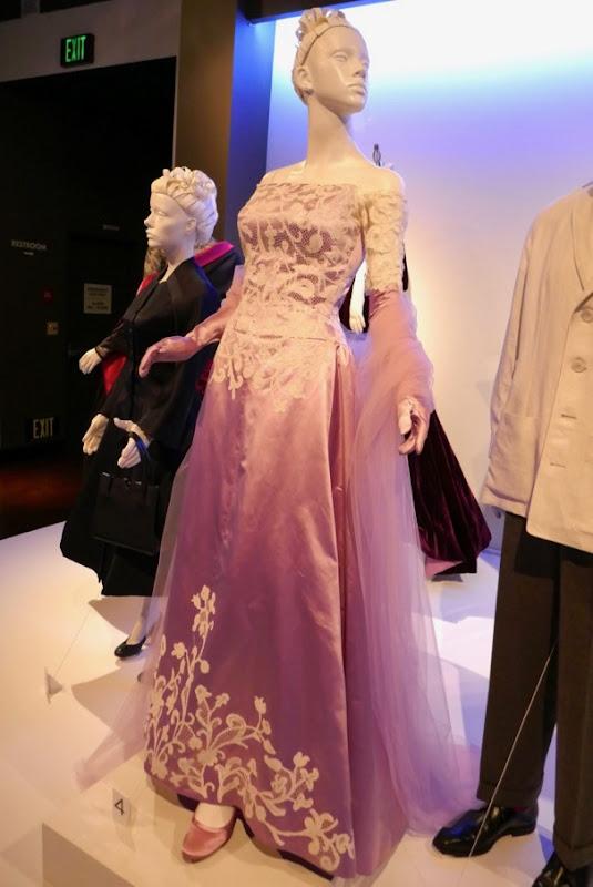 Vicky Krieps Phantom Thread Alma gown