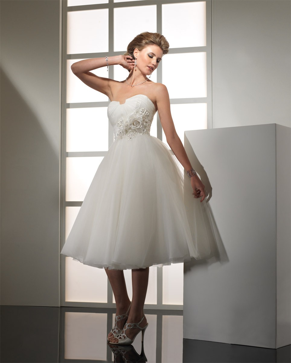 Panache Wedding Gowns: Pence And Panache's Blog: Celebrity Look Of The Month