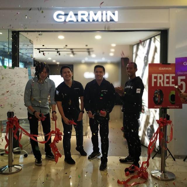 peresmian official store garmin pertama di Indonesia