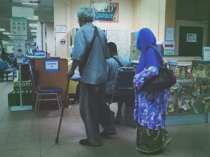 Kisah Sepasang Kakek Nenek yang Mengharukan