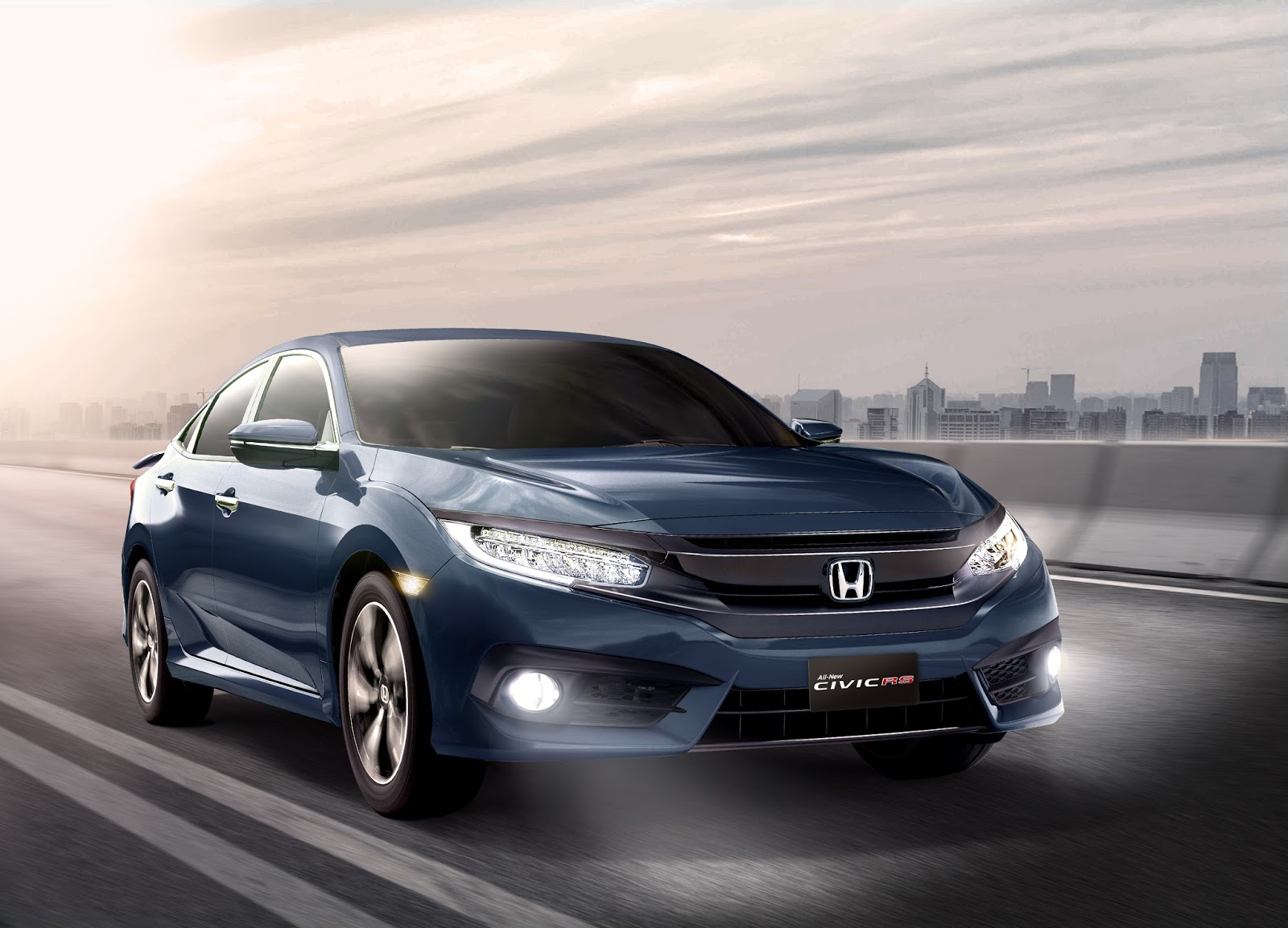 The 10th Generation Honda Civic Charms With Its Completely Redesigned Exterior Modern And Expansive Pit Interior A Host Of New Advanced