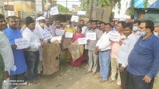 teachers-protest-for-bora-seling-madhubani