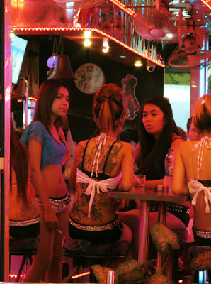 sexy pick up girls from Soi Cowboy 10