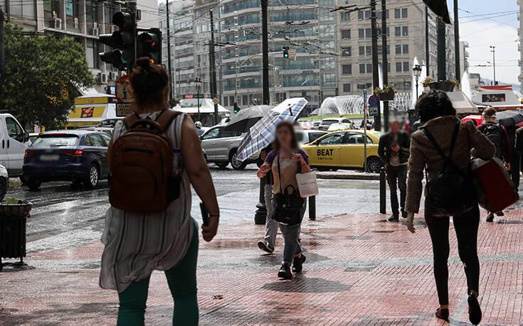 Καιρός: Βροχερή Κυριακή με αρκετές νεφώσεις σε όλη τη χώρα