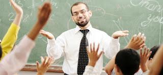 مطلوب للعمل في  مؤسسة الديروود مدرسين الامارات
