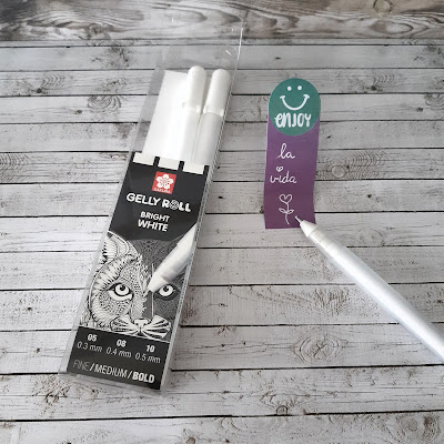 gelly-roll-brght-white