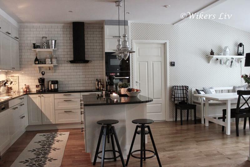 Kök köksö bardisk : Wikers liv: Köksön och ett smart pop-up-uttag