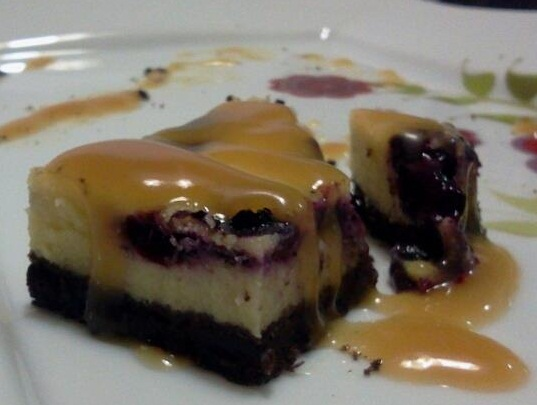TOFFEE CHEESE CAKE WITH FRESH BLUEBERRY
