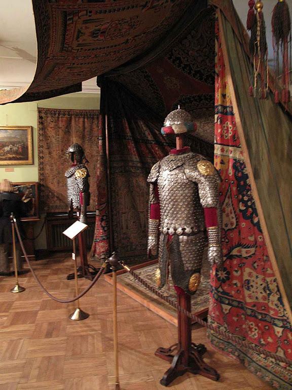 Tenda de Kará Mustafá e uniforme dos guardas do Pachá capturada em Viena. Museu Czartoryski, Cracóvia
