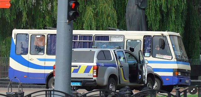 Los secuestrados en el bus de ucrania han sido liberados
