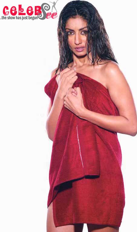 mahek chahal hot bollywood - photo #11