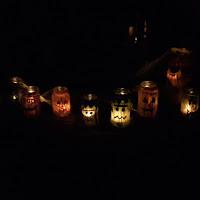 bricolage halloween tutoriel facile rapide enfants bas âge lanternes bougies pot verre