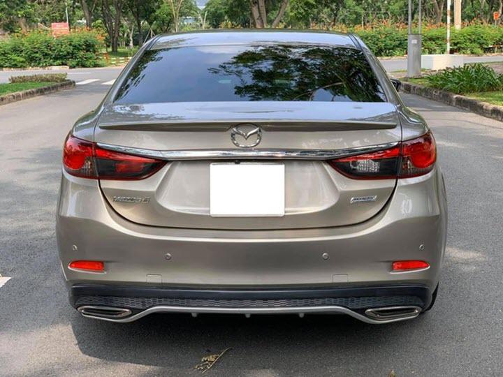 Mazda6 cũ - xe hạng D giá ngang xe hạng B