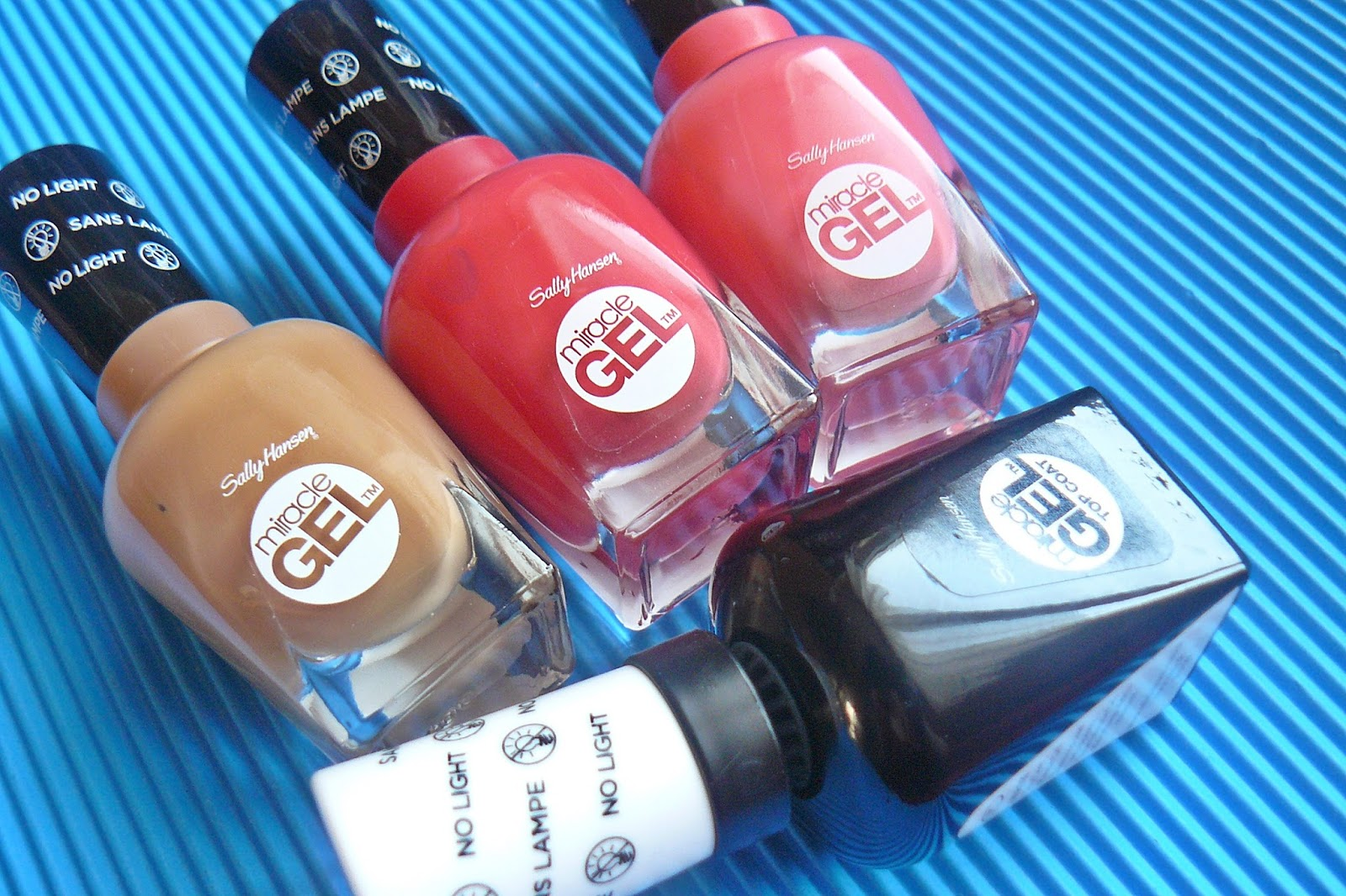 MIRACLE GEL SALLY HANSEN