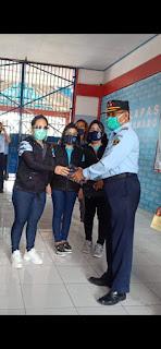 dr Ivone Bentelu Lakukan Penyemprotan di Lapas Kelas ll Manado