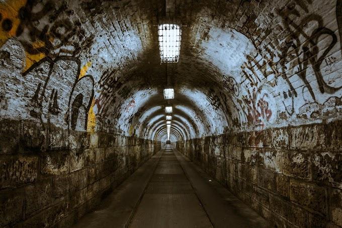 """Crítica de """"El túnel"""" de Ernesto Sabato, la espiral de la obsesión"""