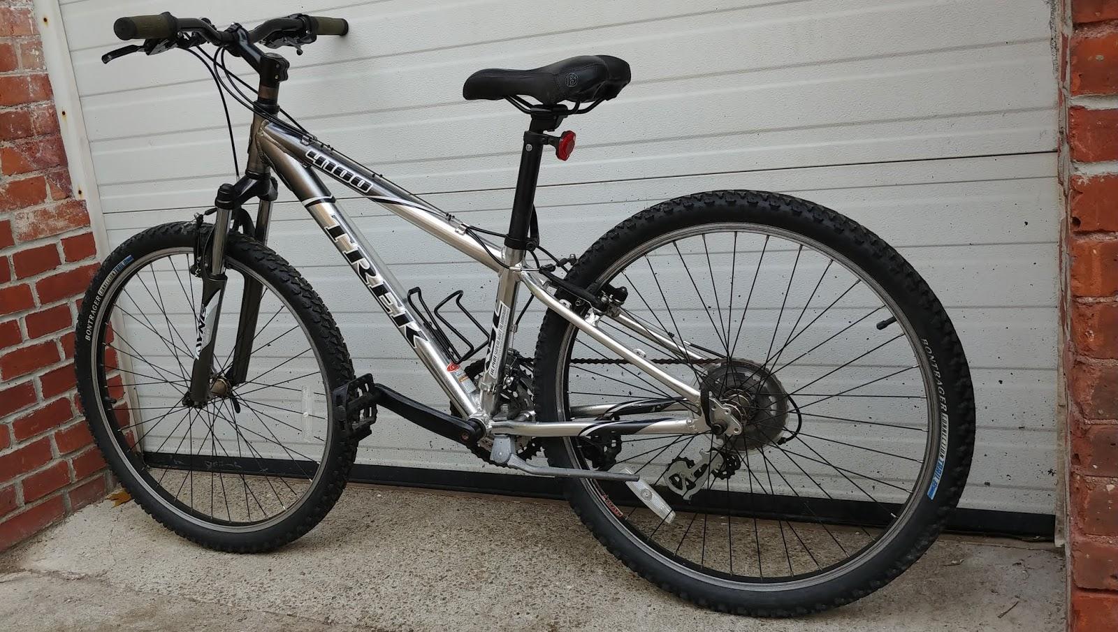 23dde1b98c0 TREK 4100 Alpha Aluminum 21 Speed Hardtail Mountain Bike