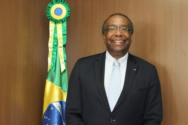 Carlos Alberto Decotelli: conheça o currículo do novo ministro da Educação do Brasil