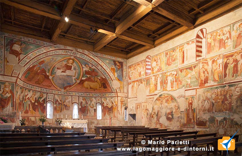 Chiesa di San marcello a Paruzzaro: vista interna