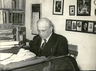 Giovanni Gaeta, aka E A Mario, pictured in his studio in Naples in around 1955