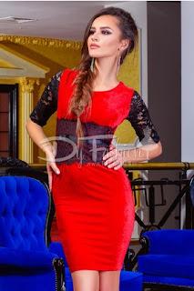 Rochie de ocazii scurta rosie din catifea cu aplicatii din dantela neagra