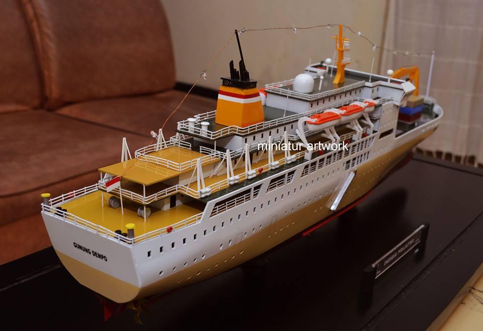 pembuat produsen miniatur kapal km gunung dempo pt pelni berkualitas rumpun artwork temanggung planet kapal indonesia