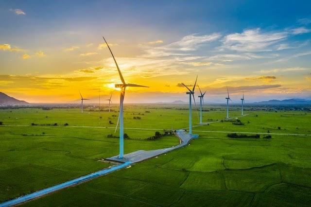 Take check-in photo in Dam Nai wind farm
