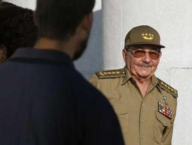 Raúl Castro abandona la Secretaría del PCC para grabar un disco de pop