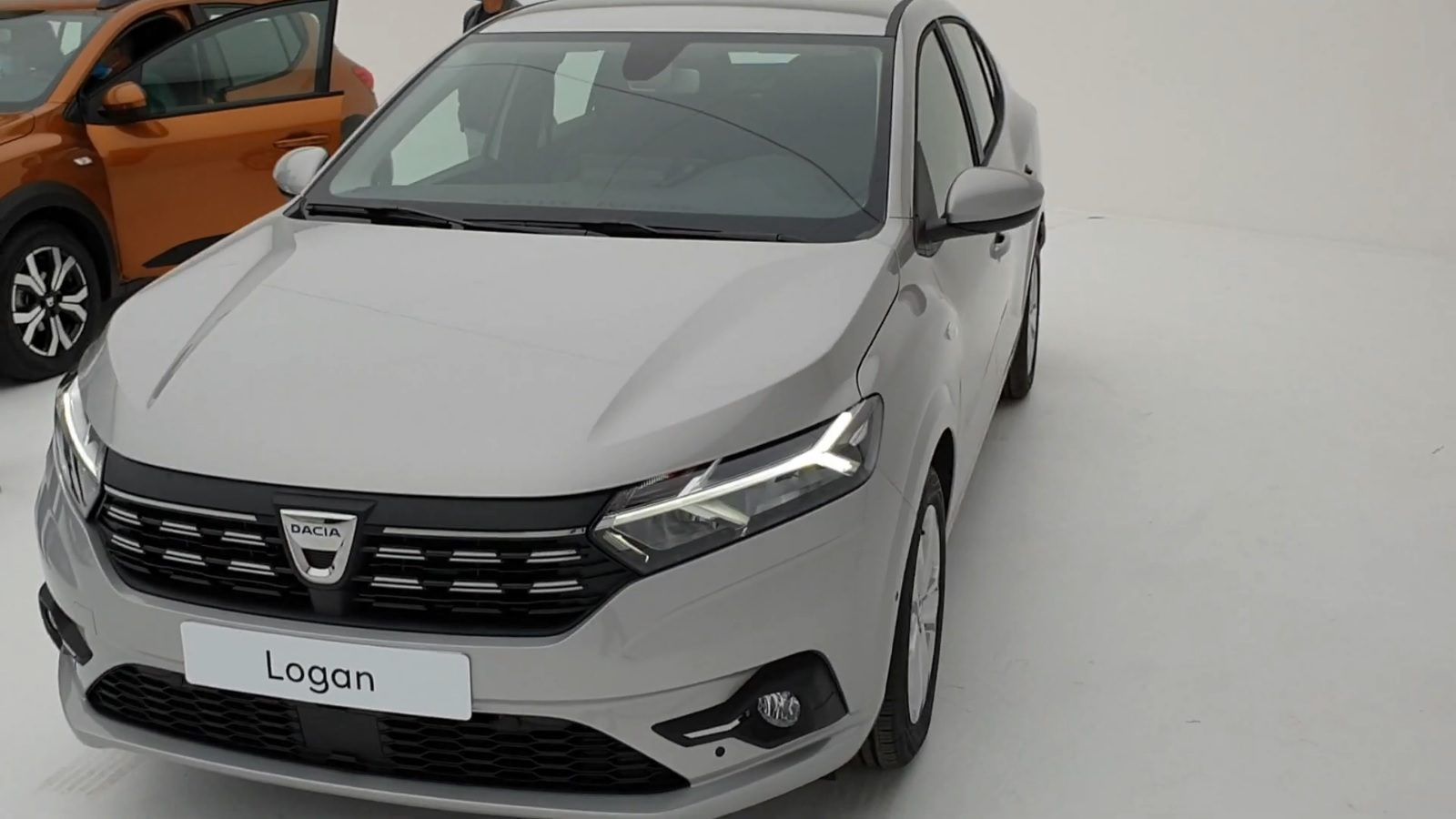 2020 - [Dacia] Sandero / Logan III - Page 26 39
