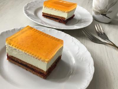 Ciasto przekładane z galaretkami i mascarpone