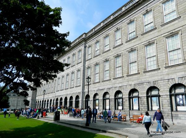 Trinity College - Dublin - Irlanda -  Old Library (Biblioteca)
