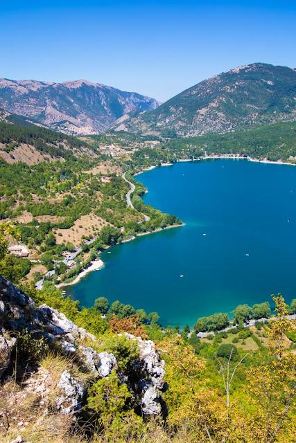 Punto panoramico del Lago di Scanno a forma di cuore