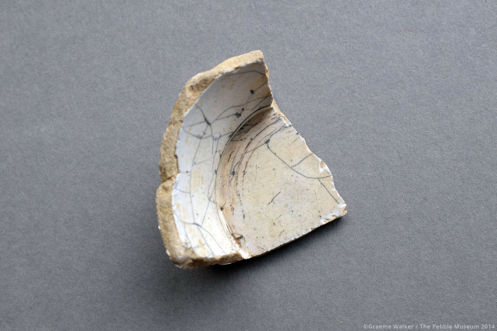 Cracked White Ceramic © Graeme Walker / The Pebble Museum 2019