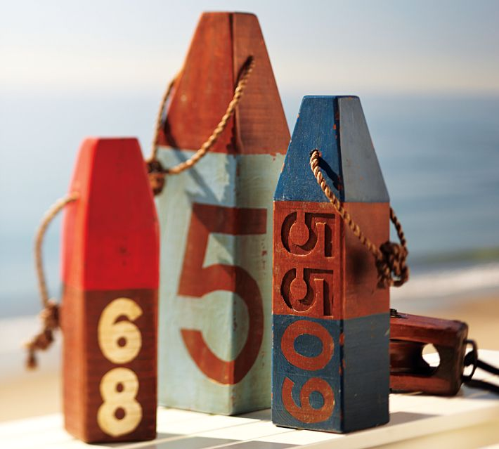Diy Weathered Wood Beach Buoys The Turquoise Home