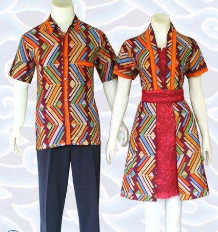 contoh model baju batik couple kombinasi