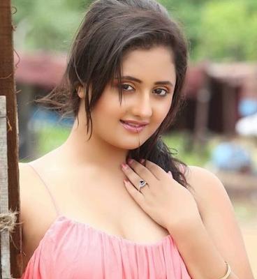 Foto Seksi Rashmi Desai ( Pemeran Tapasya)