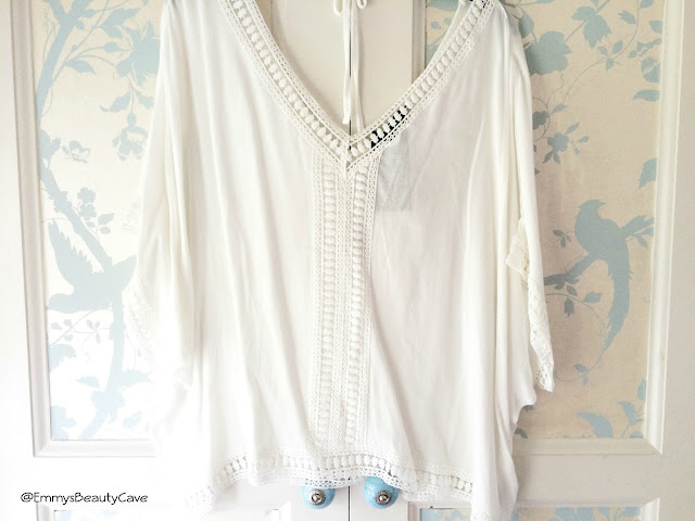 White Crochet Trim Dip Hem V Neck Top