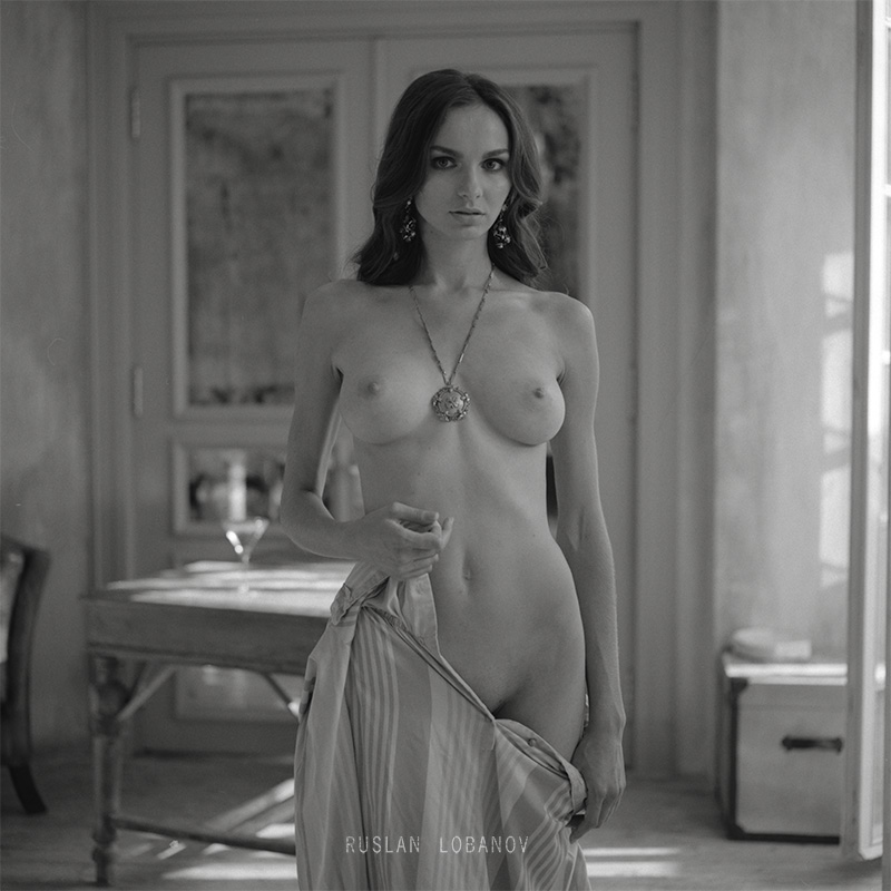 Nudes by ruslan lobanov