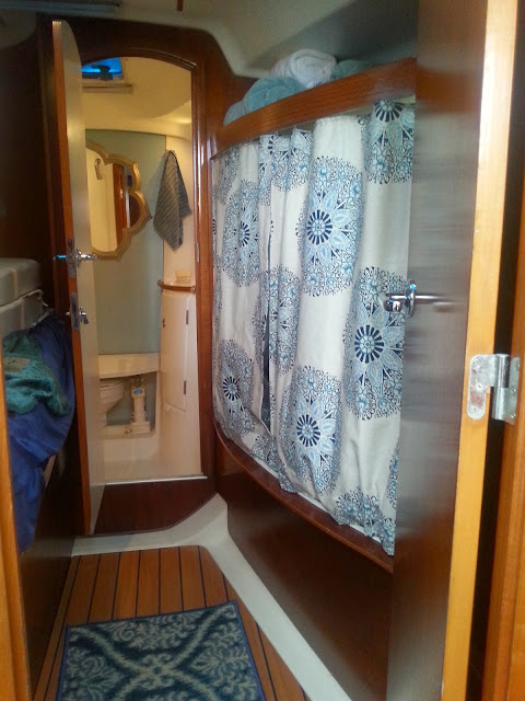 forward berth bench to closet