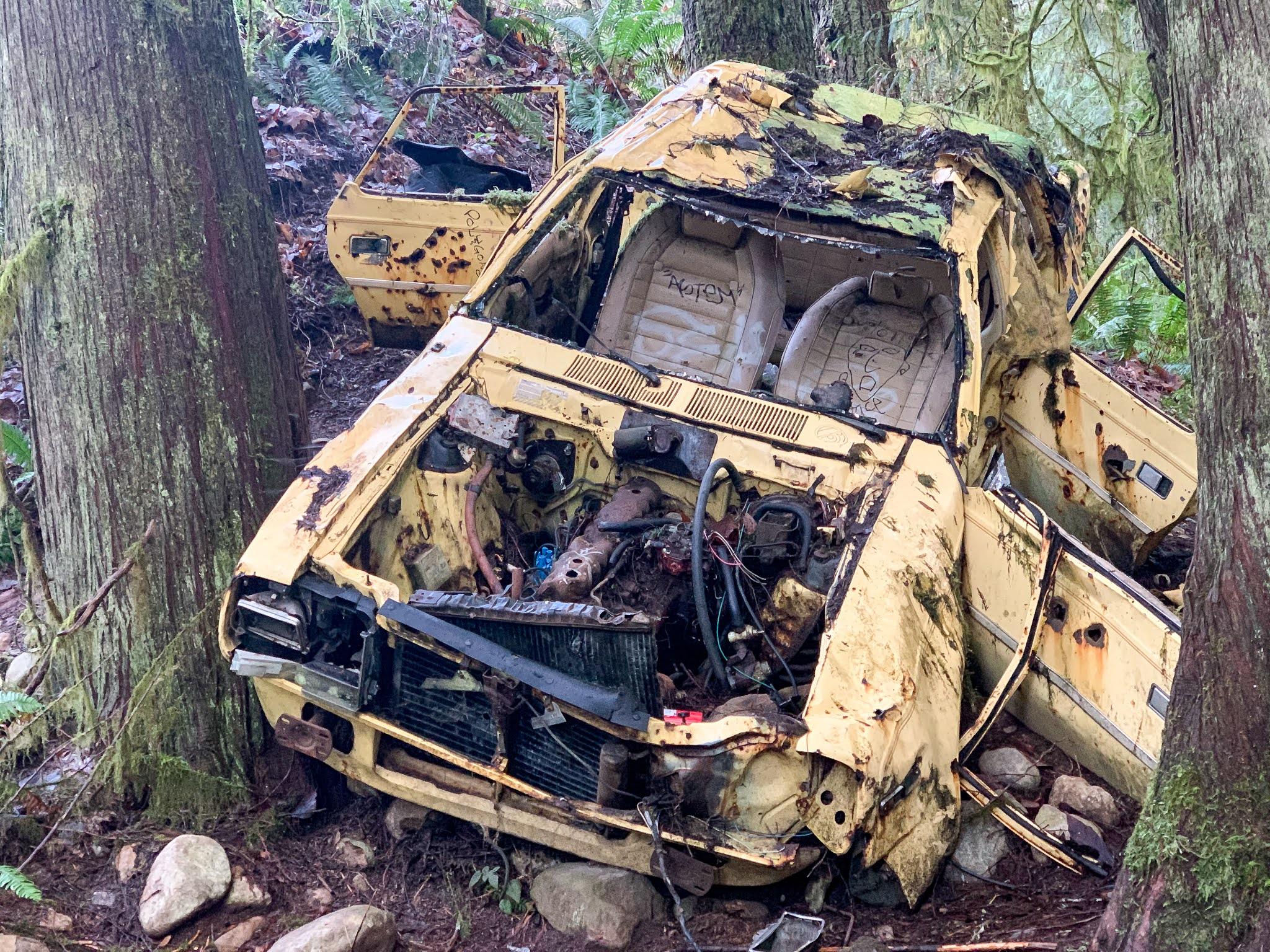 Abandoned car at Cherry Creek