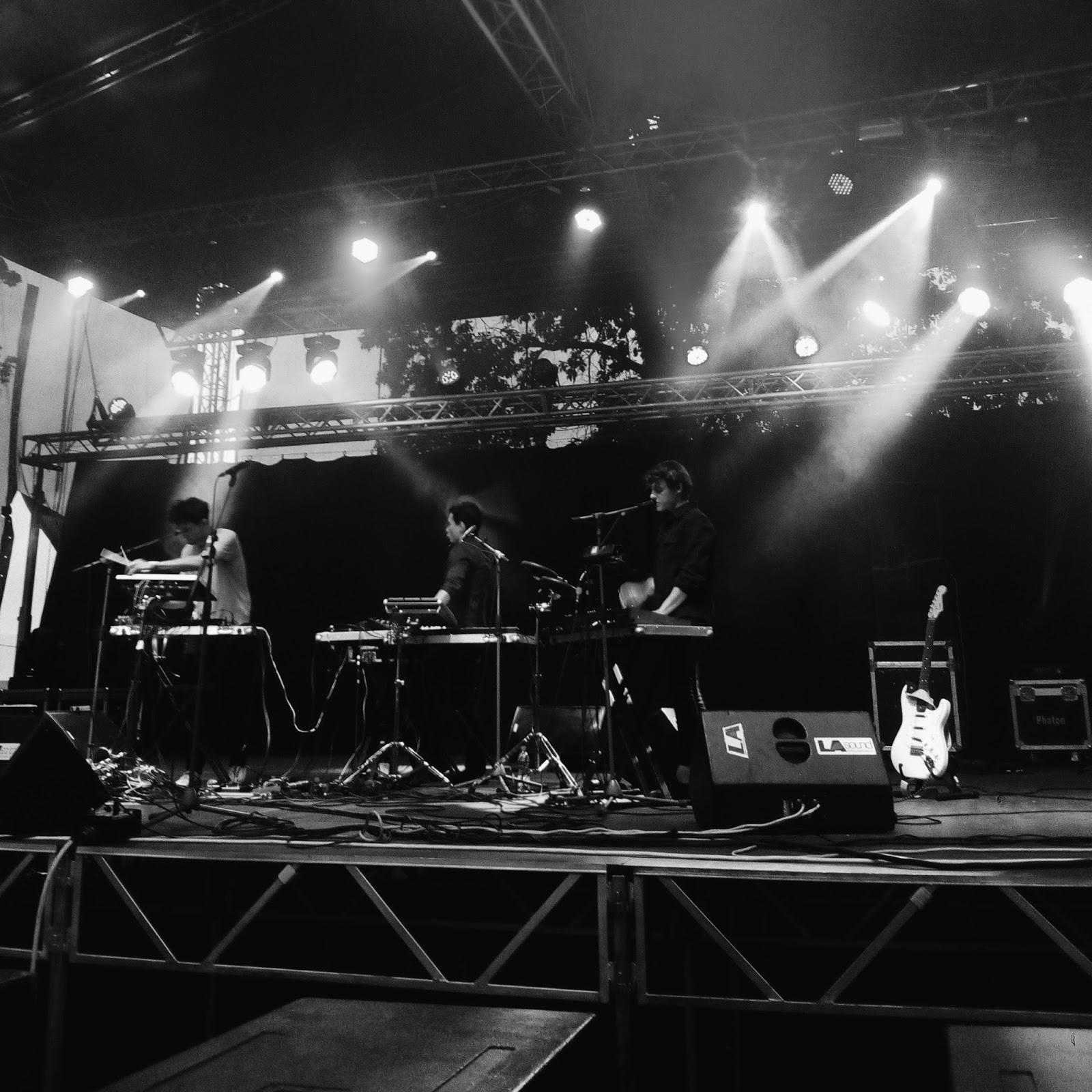 koncert polské kapely KAMP! na indie festivalu Fingers Up v Mohelnici