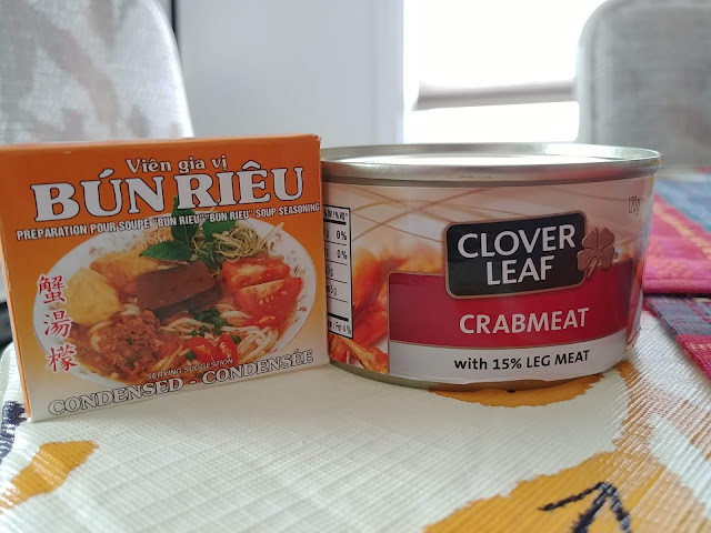 bun rieu soup cube and can of crab meat