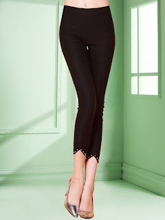 https://www.stylewe.com/product/black-work-plain-beaded-legging-51423.html
