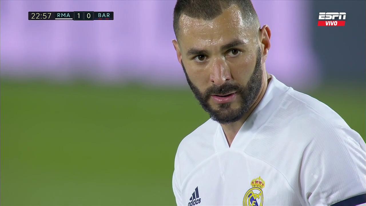 Real Madrid vs Barcelona LaLiga (2021) 720p WEB-DL Latino