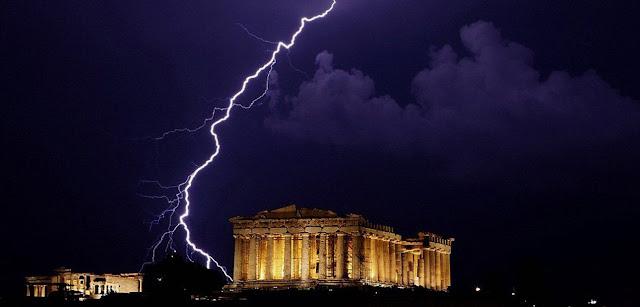 Η Ελλάδα δεν είναι αμπελοχώραφο κανενός για να την πουλήσουν!!!...